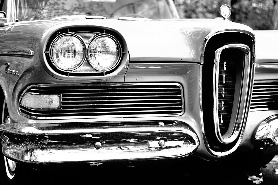 車 バッテリー 電圧