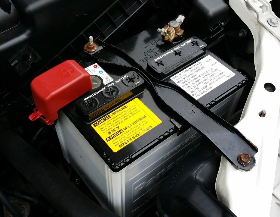 車 バッテリー 電暑